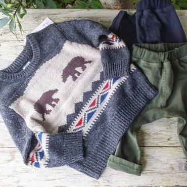セーターにstretch効くボトムです。