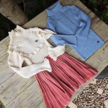 秋冬物も明るめのdolcinaのサックスブルーで柄のスカートで合わせてみたいです。