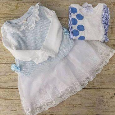 ふわふわドレスや、カルピスみたいなティシャツも可愛いですよね。