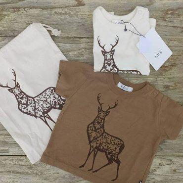 早川 鉄平氏のイラストt-shirtsです。